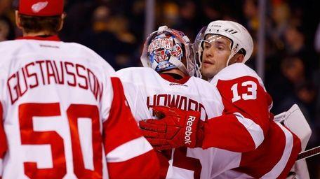 Pavel Datsyuk of the Detroit Red Wings celebrate