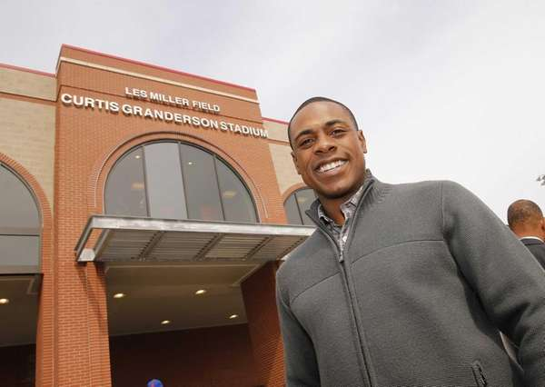 Curtis Granderson poses at the dedication/grand opening of