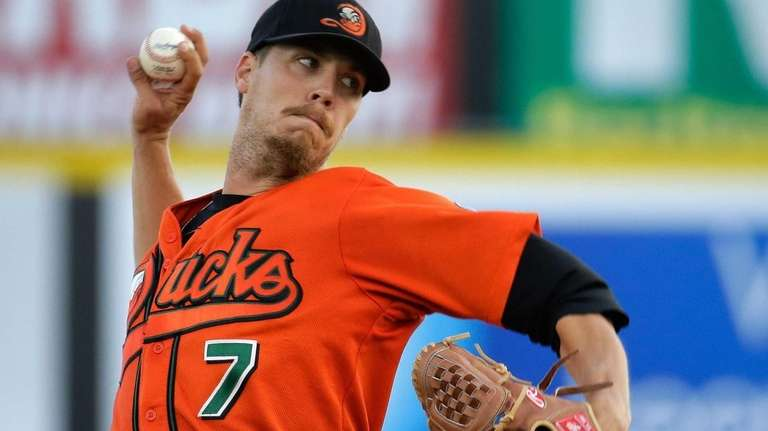 Long Island Ducks starting pitcher John Brownell throws