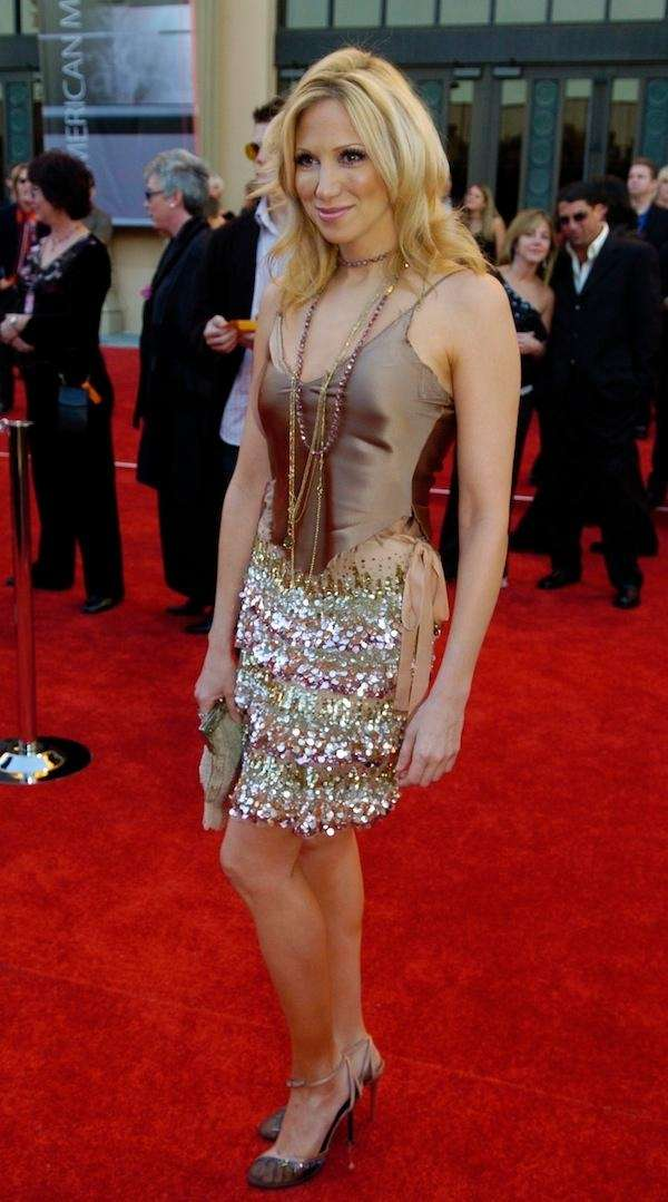 Debbie Gibson arrives for the American Music Awards