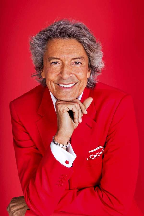 Broadway song and dance man Tommy Tune