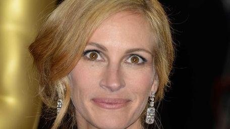 Julia Roberts arrives at the Oscars on Sunday,