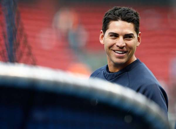 Jacoby Ellsbury warms up during batting practice before