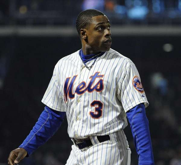 Mets' Curtis Granderson looks back as he walks