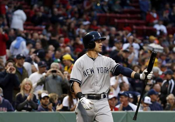 Yankees' Jacoby Ellsbury is booed by fans as
