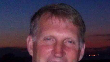 Jeff Warne, director of golf at The Bridge