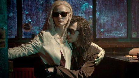 Tilda Swinton and Tom Hiddleston in