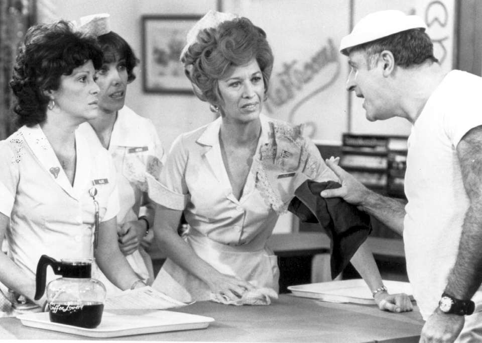Linda Lavin, left, played the title role in