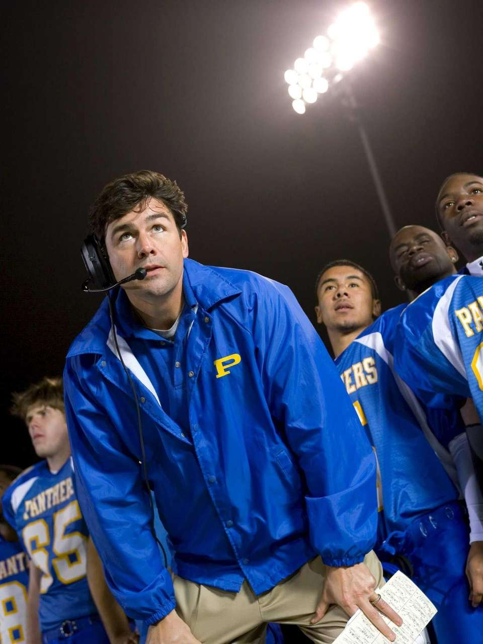 Kyle Chandler was the coach trying to lead