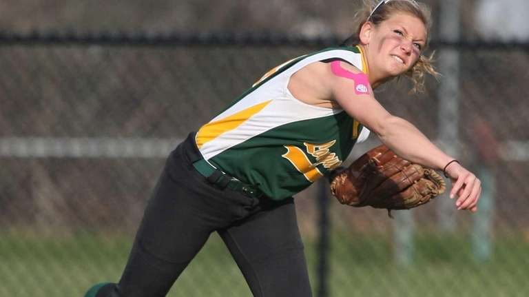 Longwood's Nicole Lent throws a runner out at