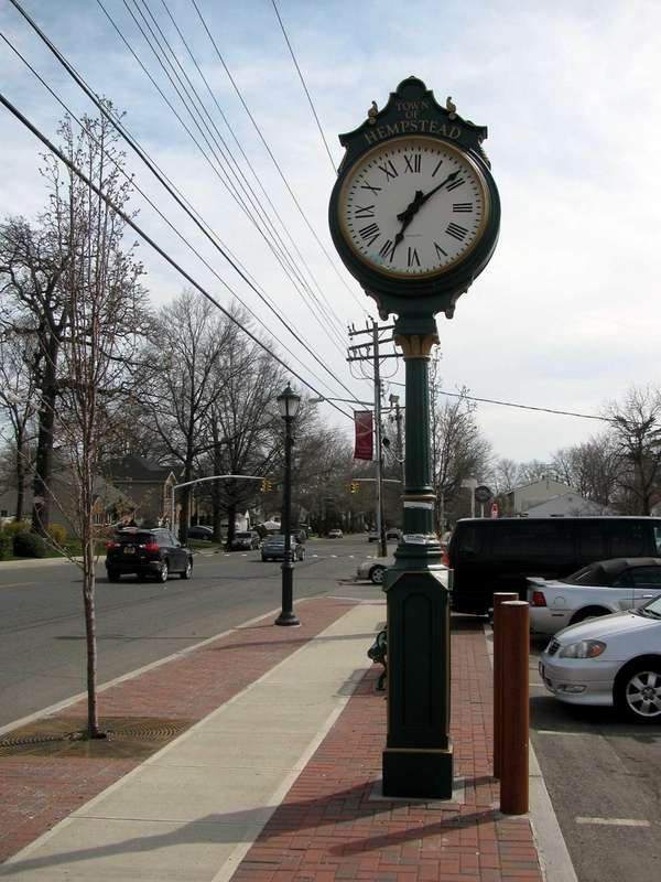A clock on Dogwood Avenue in Franklin Square