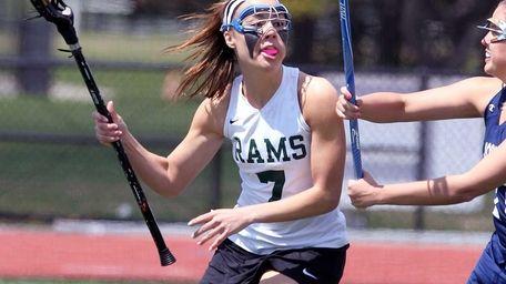Farmingdale State College's Nicole Marzocca looks to set