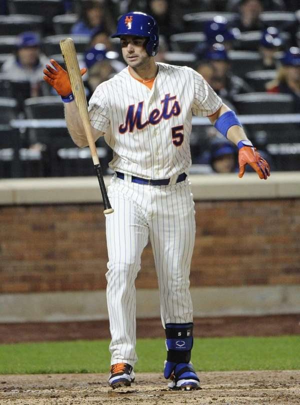 Mets' David Wright strikes out against the Miami
