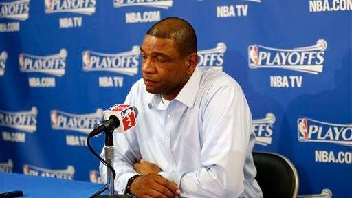 Los Angeles Clippers head coach Doc Rivers, right,