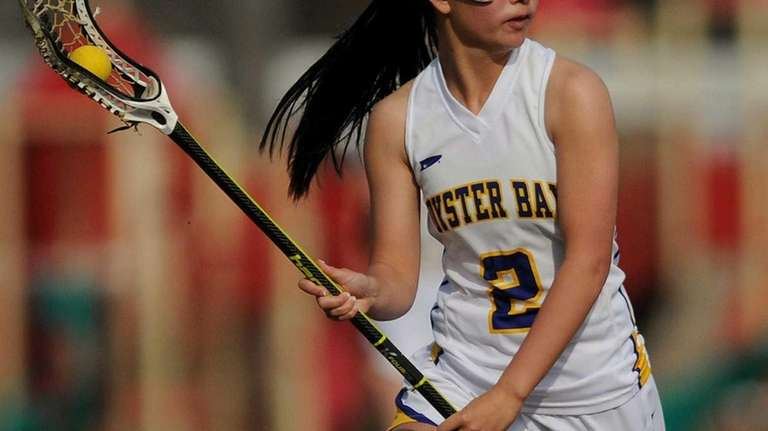 Oyster Bay's Vanessa Yu runs downfield during the