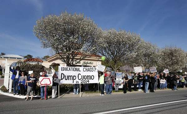 Protesters in front of Villa Lombardi on April