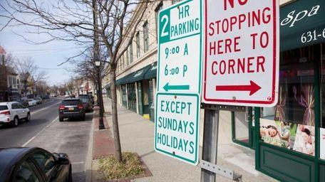 Installing parking meters to blocks of Main Street