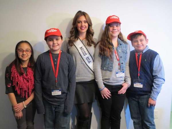 Kidsday met Erin Brady, Miss USA 2013