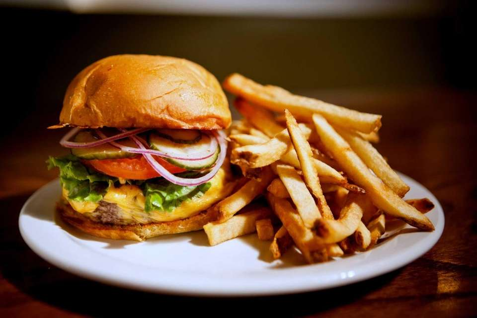 The delectable cheeseburger at Relish is made with