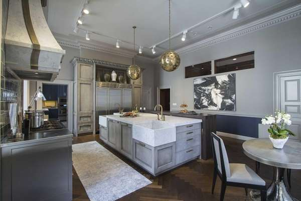 Atlanta designer Matthew Quinn's kitchen at the Kips