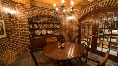 The brick-walled tasting room at the Oyster Bay
