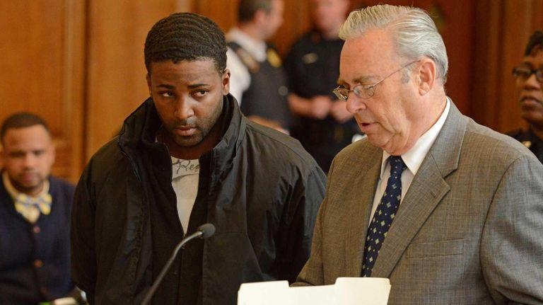 Kendel Felix, left, is arraigned in the murder