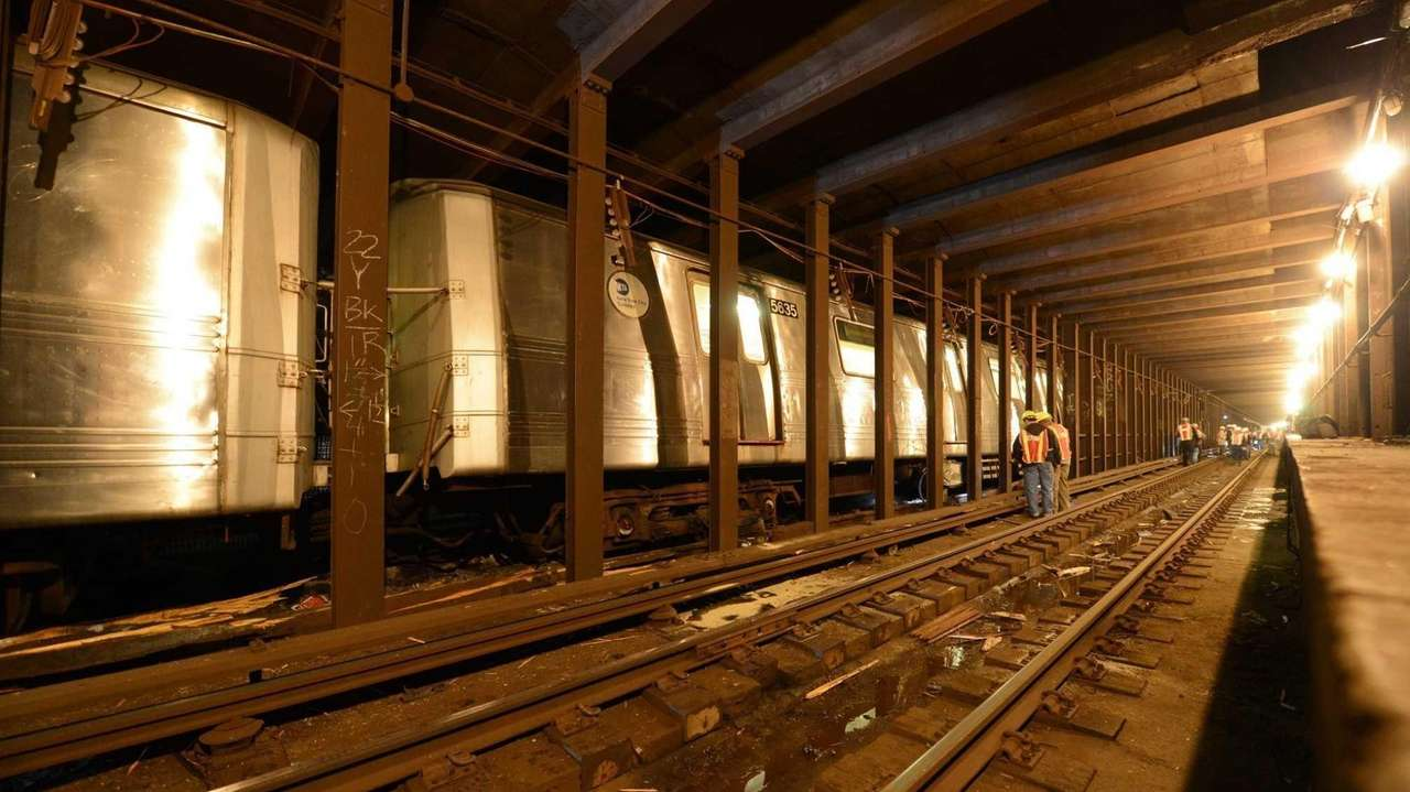 A view of the Queens subway tunnel where