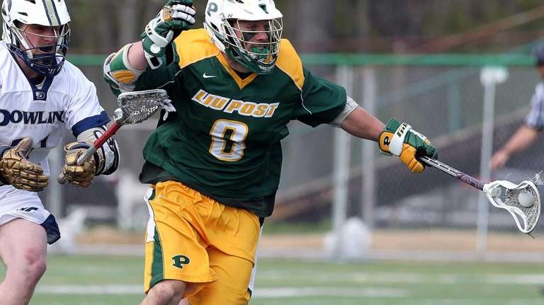 LIU Post's Dom Mantovani wins the face-off during