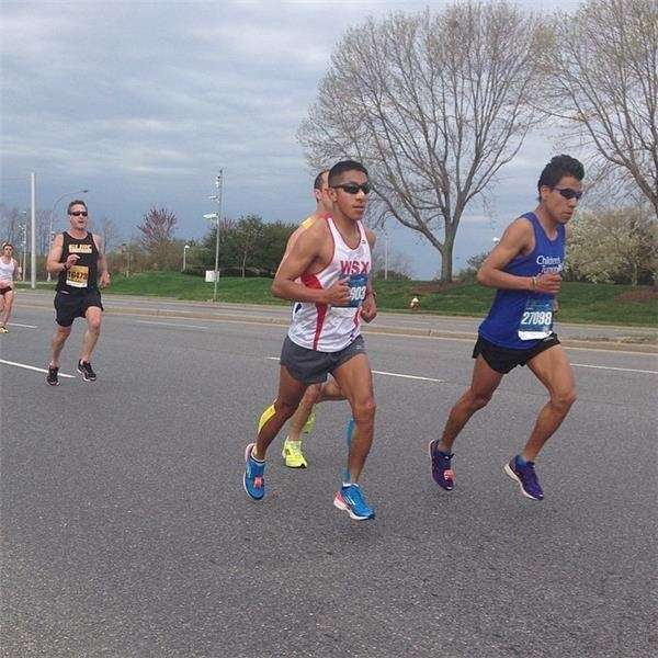 Full Long Island Marathon and 10K runners complete