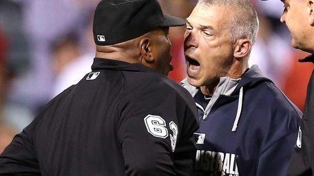 Manager Joe Girardi of the Yankees shouts at