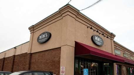 Mim's Restaurant and Lounge in Syosset.