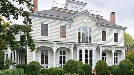 This historic Sag Harbor property sold for a