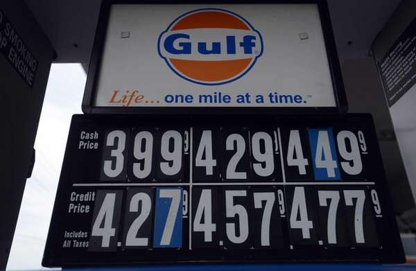Gas prices at a Gulf Station in Brentwood