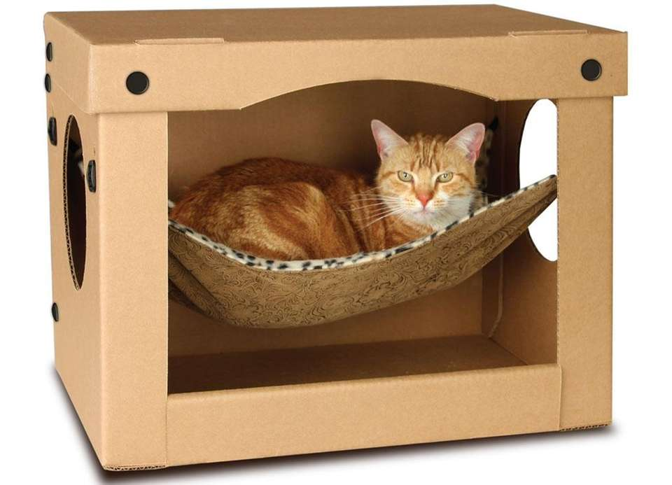Cats certainly like their hideaways, and the SnoozePal