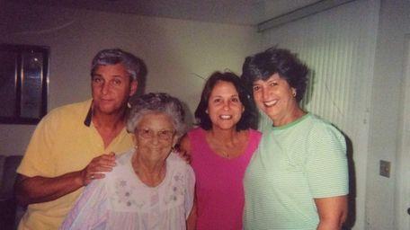 Clara Fenster with her children: Dan Fenster, Laraine