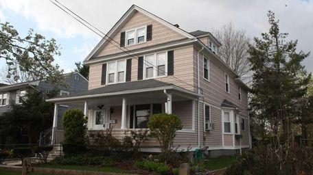 A home on Jefferson Avenue in Roslyn Heights
