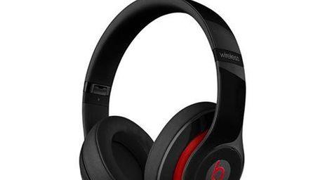Beats Studio Wireless plush set of over-ear headphones,