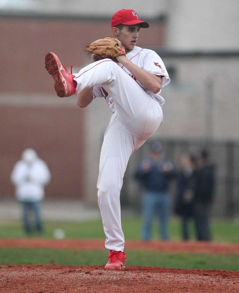 East Islip's Anthony Visconte throws a pitch in