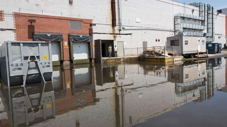 Heavy rain caused flooding at Best Buy in