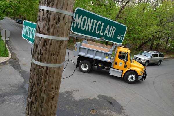 Traffic moves through the intersection of Montclair Avenue