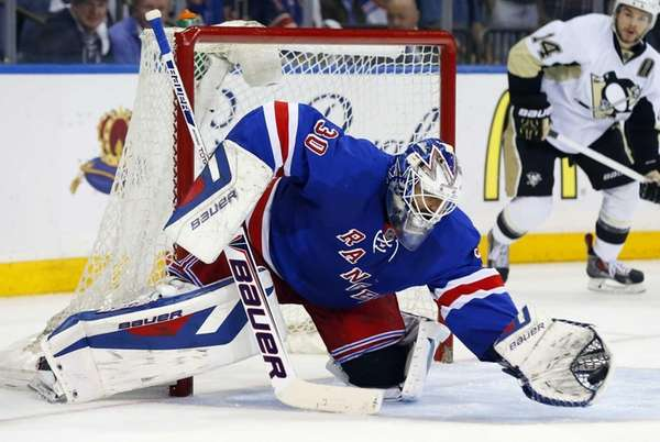 Henrik Lundqvist makes a second-period save against the