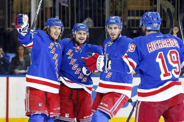 Carl Hagelin celebrates his first-period goal against the