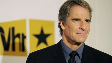 Scott Bakula joins the new CBS