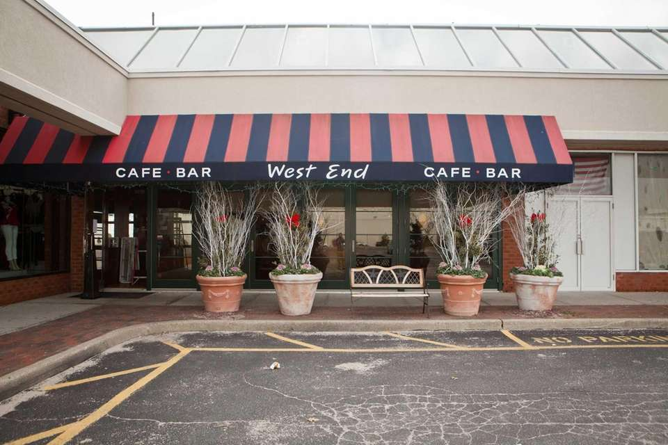 West End Cafe, Carle Place: This eatery is
