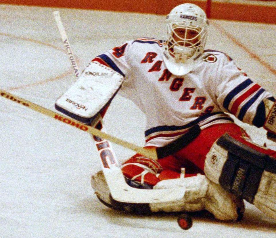 JOHN VANBIESBROUCK, Goaltender Islanders (2000-2001): 10-25-5 W-L-T, .898%,