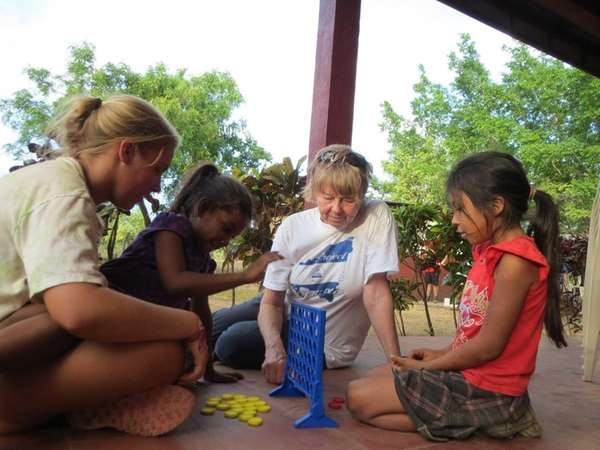 Project Nicaragua volunteers Emily Morency and Geraldine Parrinello