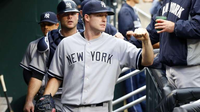 Chase Whitley of the Yankees prepares for his