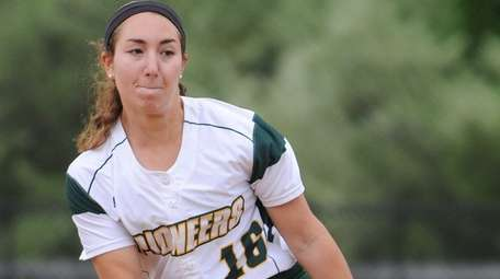 LIU Post pitcher Ashley Martin delivers to the