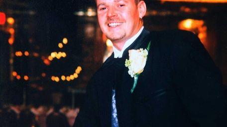 Photo of Daniel McDonnell, 40, of Lindenhurst, is
