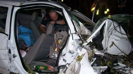 In this Oct. 24, 2006, police investigate the